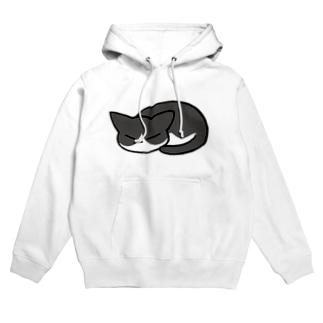 猫ちゃん(ハチワレ) Hoodies