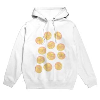 水草のオレンジ玉いっぱい Hoodies
