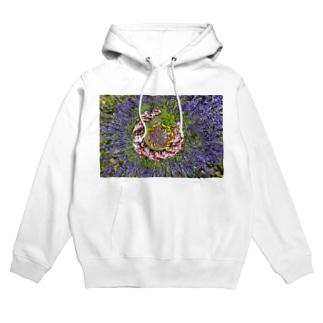 ぐるぐる花々 Hoodie