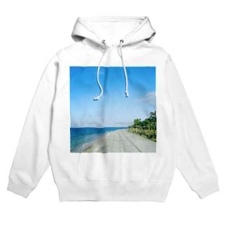 夏の海57 Hoodies