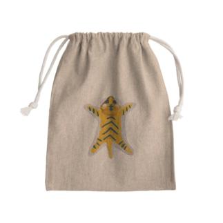 虎の敷物(縦) 粘土製 Mini Drawstring Bag
