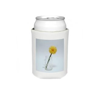 刺繍で作った黄色いお花 Koozies
