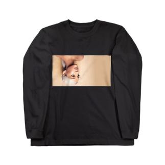 ♡ArianaGrande♡ Long sleeve T-shirts