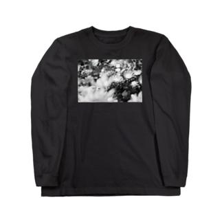 モノクロフラワー(キク) Long sleeve T-shirts