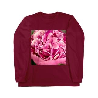 情熱のピンクシャクヤク Long sleeve T-shirts