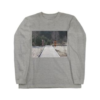 国境  Long sleeve T-shirts