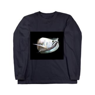 シルバーアロワナ Long sleeve T-shirts