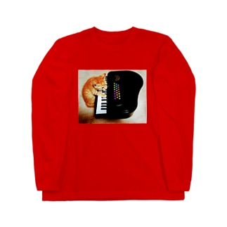 ピアノを弾く子猫 Long sleeve T-shirts