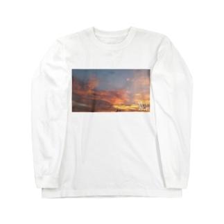 朝 ロングスリーブTシャツ