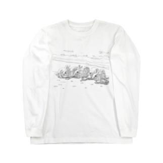 浜辺のうさぎたち ロングスリーブTシャツ
