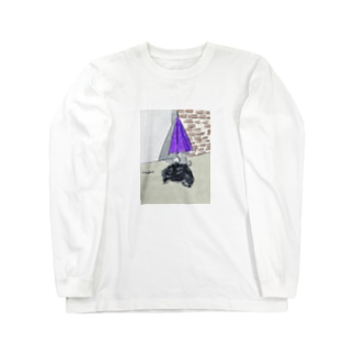 猫とカサとポリ袋 ロングスリーブTシャツ