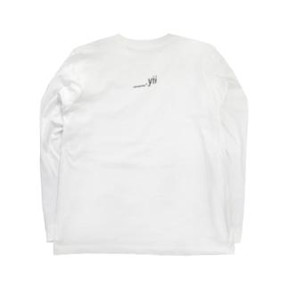 standard. Long sleeve T-shirts