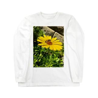 蜂と花 Long sleeve T-shirts