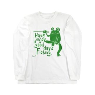 カエルが釣りをするでケロ Long sleeve T-shirts