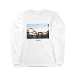 Ottobre.9 / burano,italia Long sleeve T-shirts