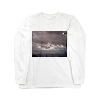 台風 静けさ Long sleeve T-shirts