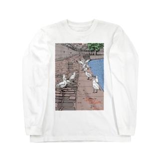 セーヌ川と鳥の群れ Long sleeve T-shirts