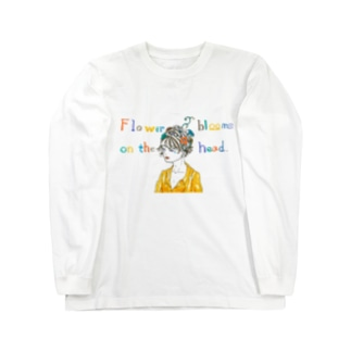 Flower blooms on the head. Long sleeve T-shirts