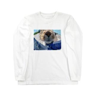魚眼越し猫ちゃん Long sleeve T-shirts
