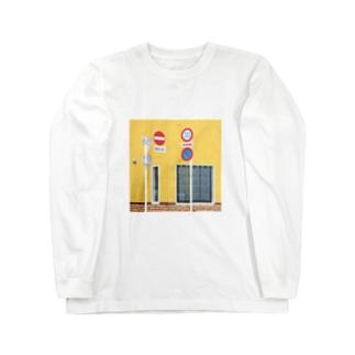 YadoribaのA Long sleeve T-shirts