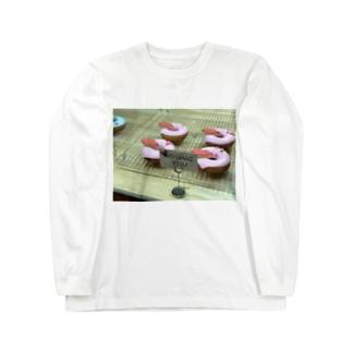 pink donuts❤︎ Long sleeve T-shirts