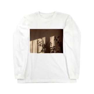 葉っぱの影 Long sleeve T-shirts