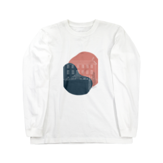SANKAKU DESIGN STOREの事件の匂いがするペンション。 Long sleeve T-shirts