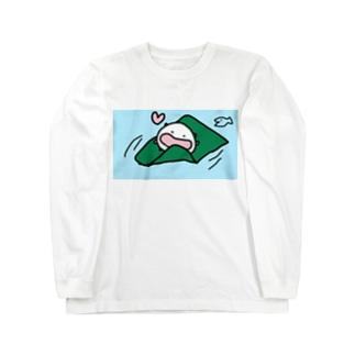 昆布を食べながら川を下るねこです Long sleeve T-shirts