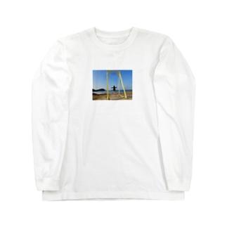 成美とブランコと海 Long sleeve T-shirts