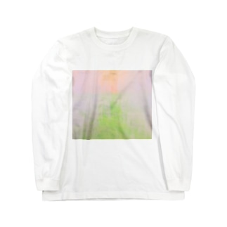Withdraw a curtain Long sleeve T-shirts