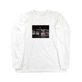 雨の日の猫狸 Long sleeve T-shirts