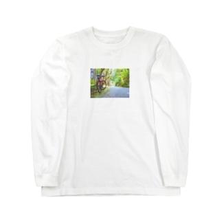 森のサイクリング Long sleeve T-shirts
