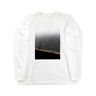 窓辺のAisレバー Long sleeve T-shirts