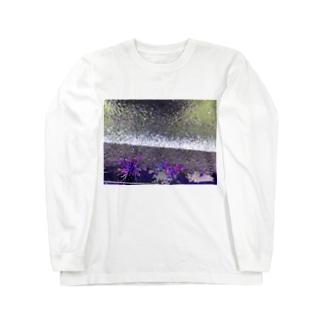 walking incidents13 Long sleeve T-shirts