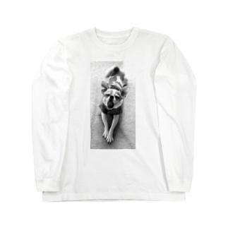 モノクロチワワ(あくび) Long sleeve T-shirts
