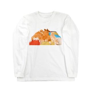 おしりドライヤーを待つ犬と猫 Long Sleeve T-Shirt