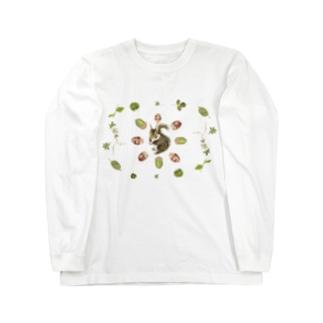 リスとどんぐりと葉っぱ Long sleeve T-shirts