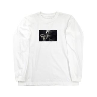 Praying Long sleeve T-shirts