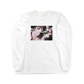 hiding Long sleeve T-shirts