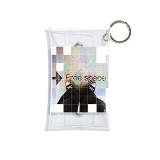 free space Mini Clear Multipurpose Case