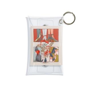 素敵に色づく Mini Clear Multipurpose Case