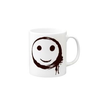 墨で描いたスマイルマークのTシャツ Mugs