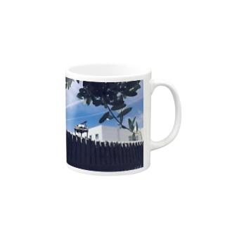 青空とグランドピアノ Mugs