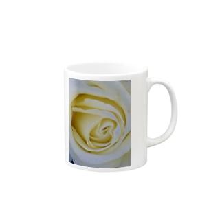 バニラアイス Mugs