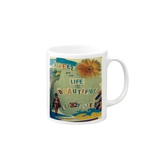 life is beautiful♥ Mugs