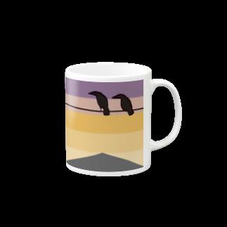 骨犬工房の夕焼けにカラス Mugs