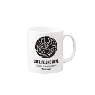 ONE LIFE, ONE WAVE. マグ マグカップ