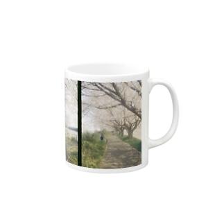 桜の下で Mugs