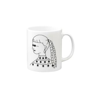 サングラスの女 Mugs