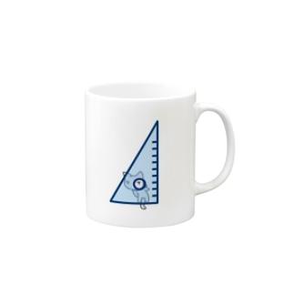 三角定規の穴をのぞくネコ Mugs